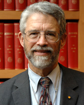 John_Holdren_official_portrait_small