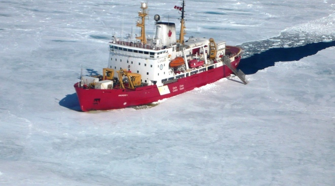 CCGS_Amundsen_in_the_Arctic