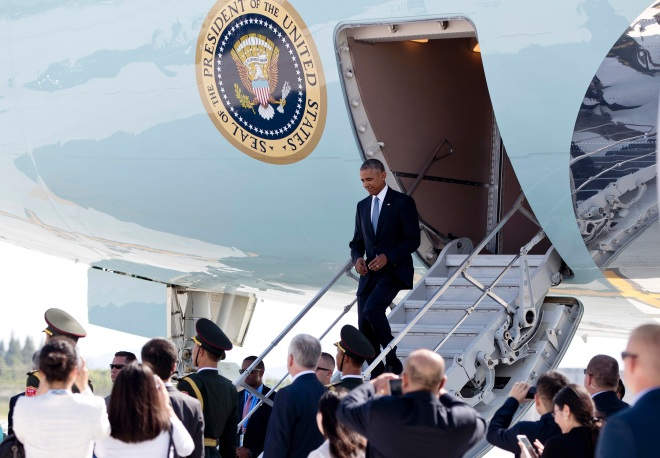 U.S. President Barack Obama arrives on Air Force One at Hangzhou Xiaoshan International Airport in Hangzhou in eastern China's Zhejiang province, Saturday, Sept. 3, 2016. President Obama hopes to highlight his administration's ongoing commitment to the G20 as the premier forum for international economic cooperation as well as the U.S. rebalance to Asia and the Pacific. (AP Photo/Carolyn Kaster)